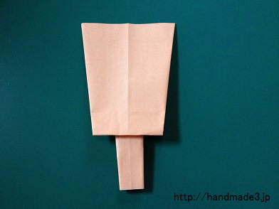 折り紙で羽子板を折った
