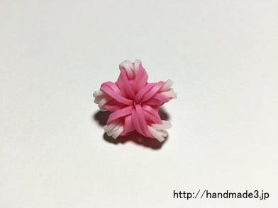 ファンルームで桜のチャームを作った