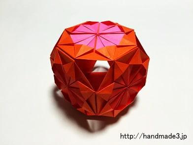 折り紙で菊の花のくす玉を作った